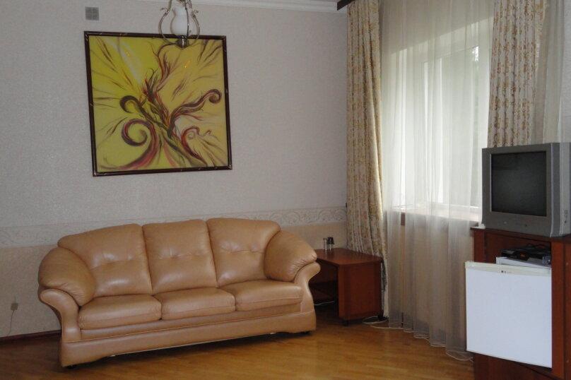 Полулюкс DBL, Балкарская улица, 33А, Эльбрус - Фотография 1