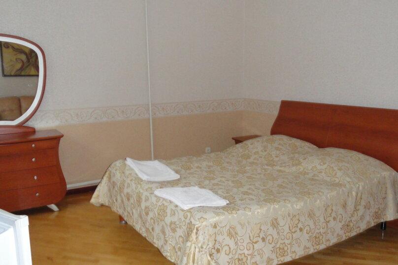 """Отель """"На Балкарской 33А"""", Балкарская улица, 33А на 21 номер - Фотография 11"""