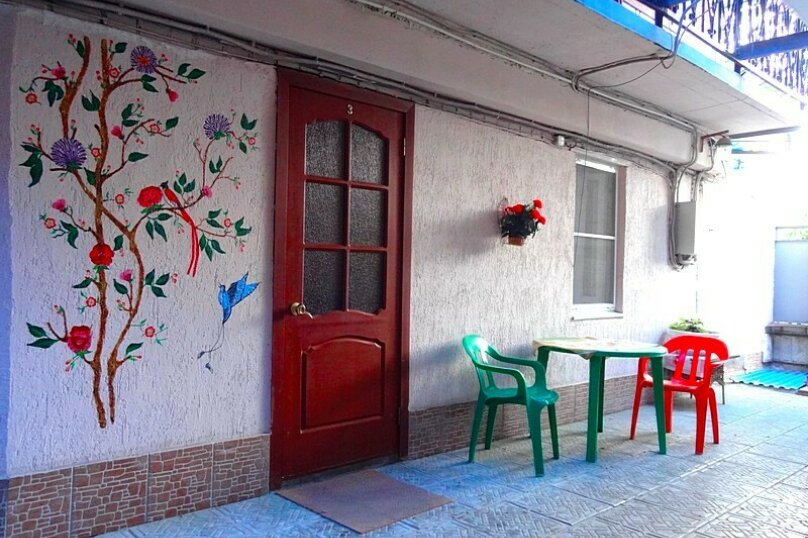 "Гостевой дом ""У Федора"", улица Куникова, 3 на 9 комнат - Фотография 3"