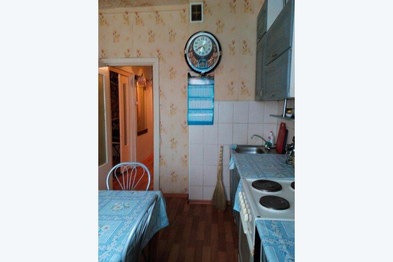3-комн. квартира, 62 кв.м. на 7 человек, Олимпийская, 79, Кировск - Фотография 4