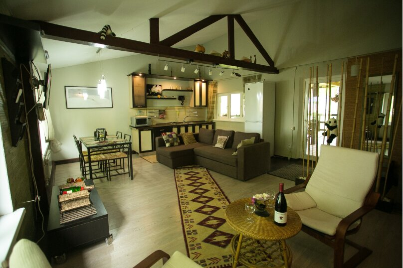 Домик-люкс в стиле бунгало, 90 кв.м. на 6 человек, 2 спальни, Демаки, 12, Нижний Новгород - Фотография 2