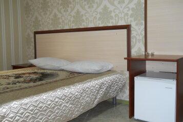 2-местный эконом:  Номер, Эконом, 2-местный, 1-комнатный, Гостиница , проспект Калинина на 8 номеров - Фотография 4