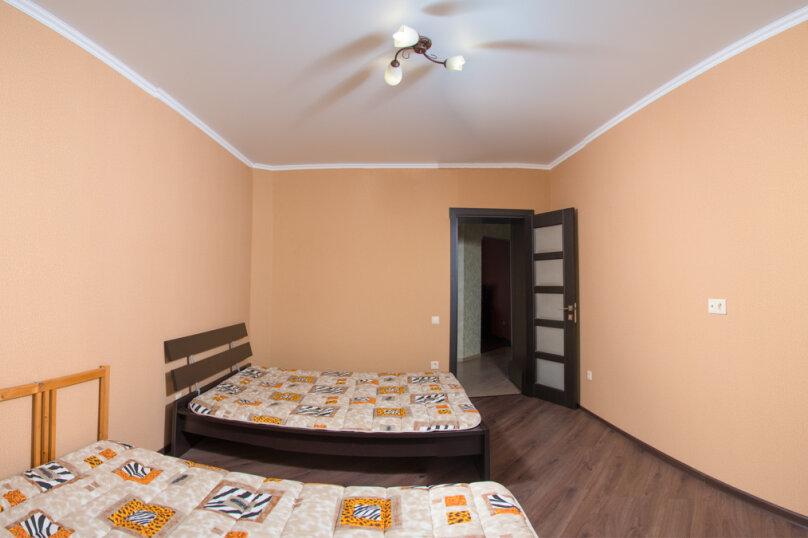 2-комн. квартира, 71 кв.м. на 6 человек, Ягодинская улица, 25, Казань - Фотография 5