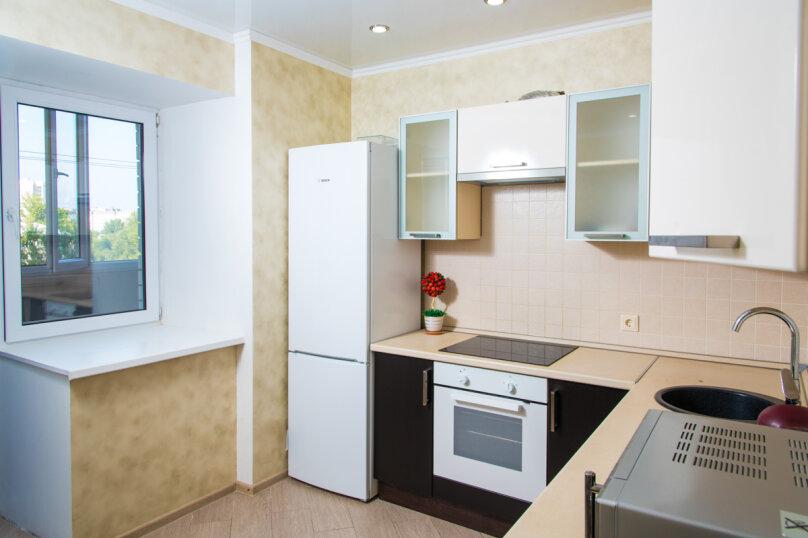2-комн. квартира, 71 кв.м. на 6 человек, Ягодинская улица, 25, Казань - Фотография 7