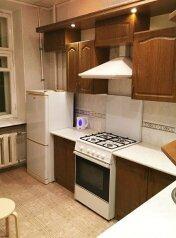 1-комн. квартира, 34 кв.м. на 3 человека, проспект Карла Маркса, 38, Омск - Фотография 3