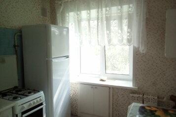2-комн. квартира, 43 кв.м. на 6 человек, улица Титова, 2, Ярославль - Фотография 4