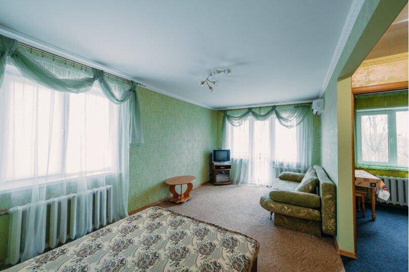 1-комн. квартира, 35 кв.м. на 4 человека, улица Юных Ленинцев, 8, Керчь - Фотография 6