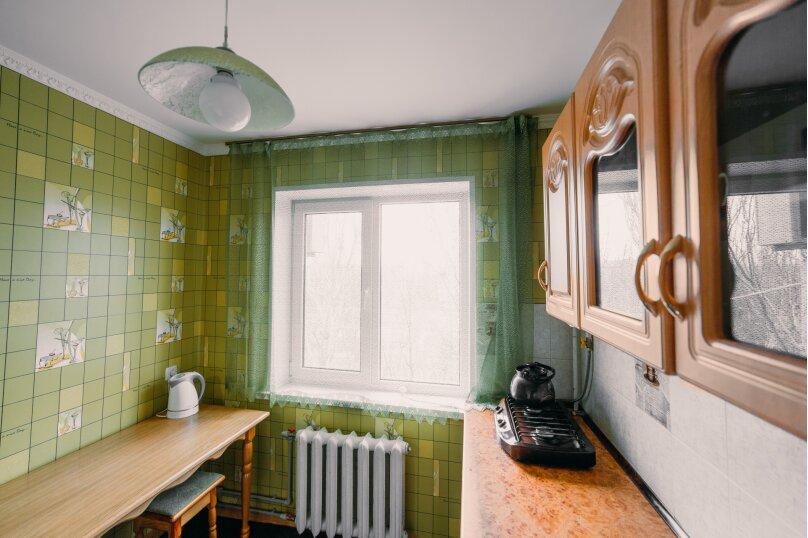 1-комн. квартира, 35 кв.м. на 4 человека, улица Юных Ленинцев, 8, Керчь - Фотография 13