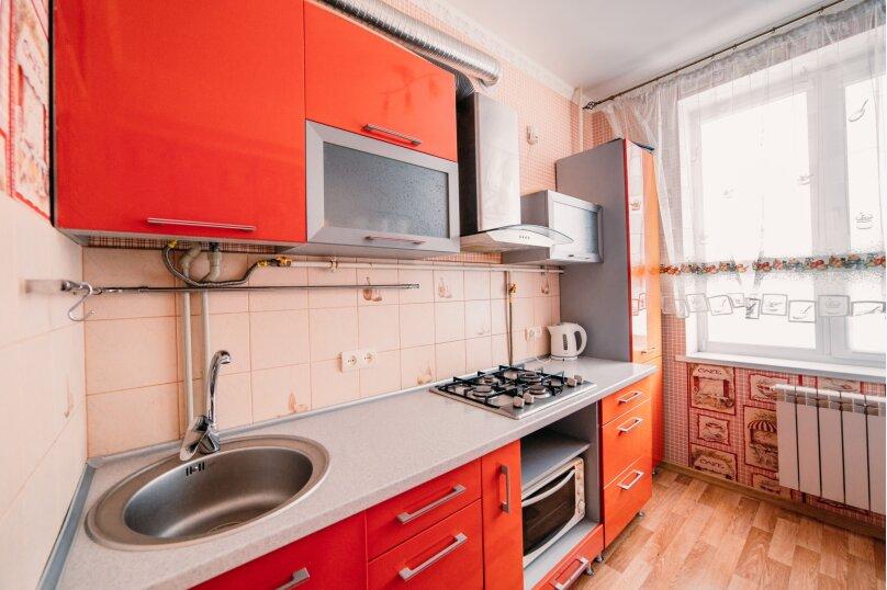 2-комн. квартира, 49 кв.м. на 4 человека, улица Ленина, 29, Керчь - Фотография 9