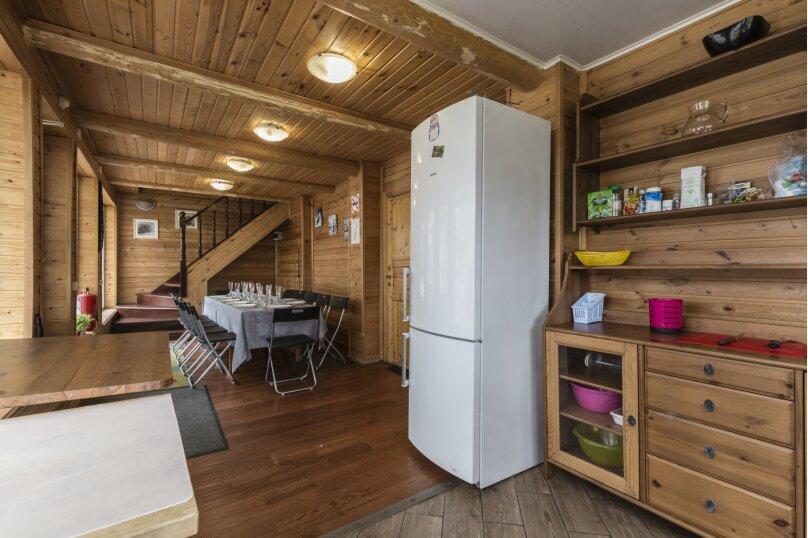 Дом с баней, бильярдом, камином и беседкой, 200 кв.м. на 16 человек, 3 спальни, 11 линия Малиновая, 371, Санкт-Петербург - Фотография 8
