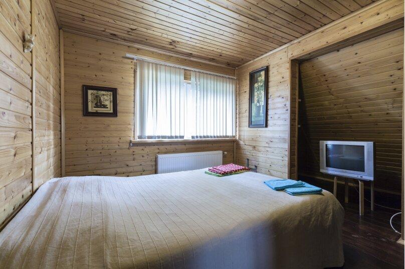 Дом с баней, бильярдом, камином и беседкой, 200 кв.м. на 16 человек, 3 спальни, 11 линия Малиновая, 371, Санкт-Петербург - Фотография 20