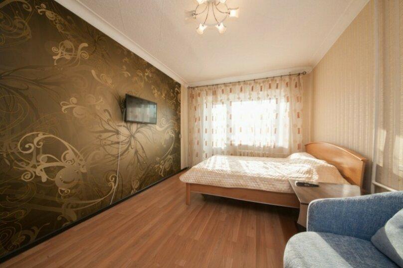 1-комн. квартира, 34 кв.м. на 4 человека, улица Урицкого, 108, Красноярск - Фотография 3