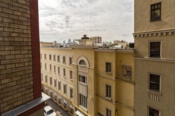 2-комн. квартира, 45 кв.м. на 4 человека, Большой Гнездниковский переулок, Москва - Фотография 3