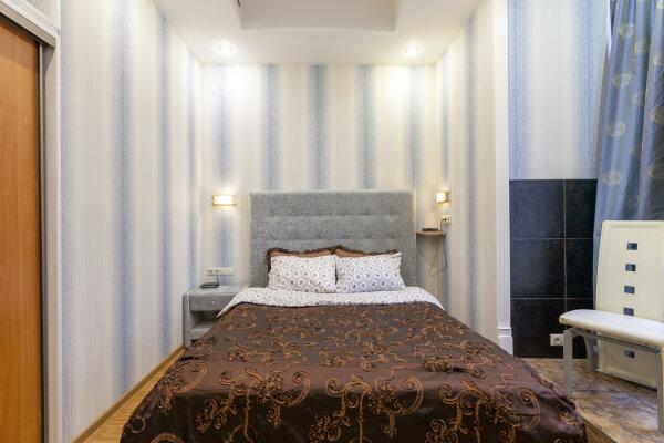 2-комн. квартира, 41 кв.м. на 4 человека, большой гнездниковский переулок, 10, Москва - Фотография 1