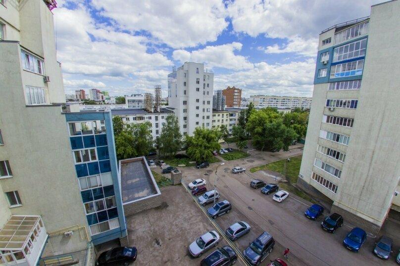 1-комн. квартира, 52 кв.м. на 4 человека, Краснодонская улица, 3, Уфа - Фотография 14