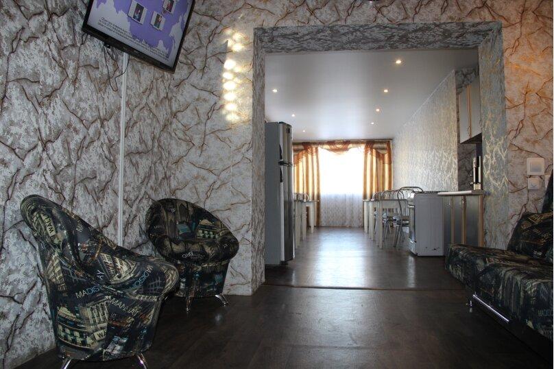 Большой дом для большой компании, 250 кв.м. на 32 человека, 11 спален, Муезерская улица, 100, Петрозаводск - Фотография 21