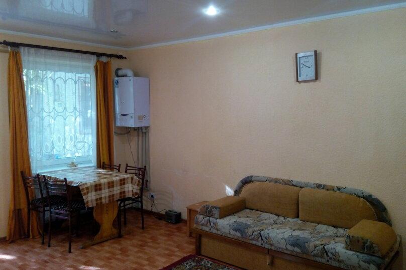 Коттедж на Санаторской на 5 человек, 1 спальня, Санаторская, 14, Евпатория - Фотография 4