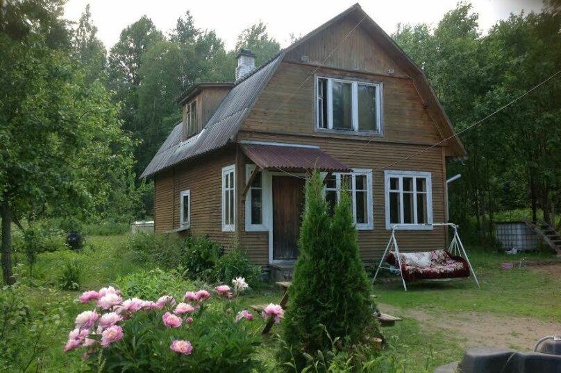 Дом в кругу соснового леса, 98 кв.м. на 6 человек, 3 спальни, п. Лосево (д. Ягодная), Приозерское шоссе, 5, Санкт-Петербург - Фотография 1