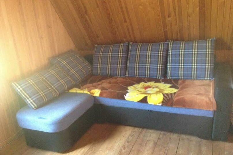 Дом в кругу соснового леса, 98 кв.м. на 6 человек, 3 спальни, п. Лосево (д. Ягодная), Приозерское шоссе, 5, Санкт-Петербург - Фотография 3
