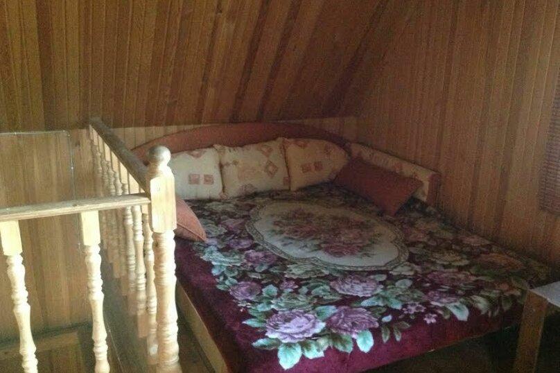 Дом в кругу соснового леса, 98 кв.м. на 6 человек, 3 спальни, п. Лосево (д. Ягодная), Приозерское шоссе, 5, Санкт-Петербург - Фотография 9