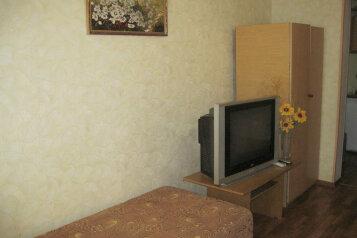 Сдам  дом в частном секторе, 25 кв.м. на 4 человека, 1 спальня, улица Кирова, Евпатория - Фотография 3