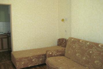 Сдам  дом в частном секторе, 25 кв.м. на 4 человека, 1 спальня, улица Кирова, Евпатория - Фотография 4