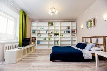1-комн. квартира, 40 кв.м. на 4 человека, улица Радищева, Ульяновск - Фотография 1