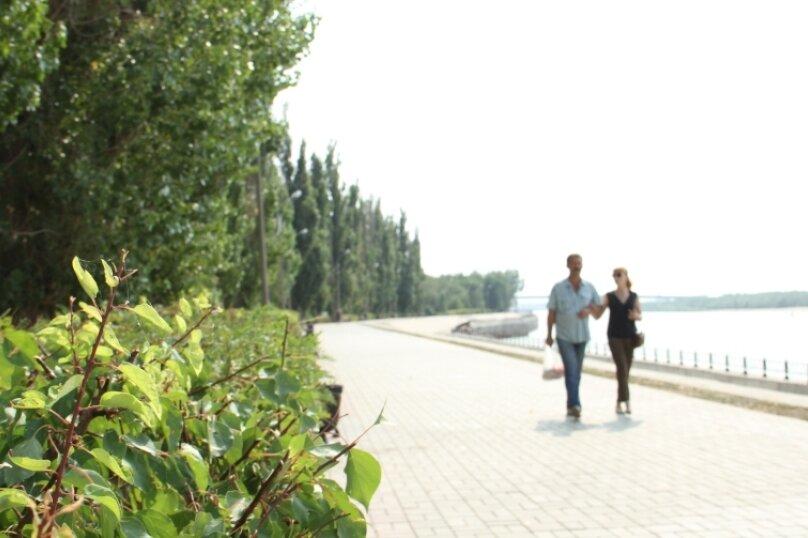 1-комн. квартира, 32 кв.м. на 3 человека, улица Комсомольская Набережная, 17, Астрахань - Фотография 8