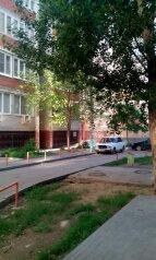 1-комн. квартира, 30 кв.м. на 3 человека, улица Николая Островского, Астрахань - Фотография 3