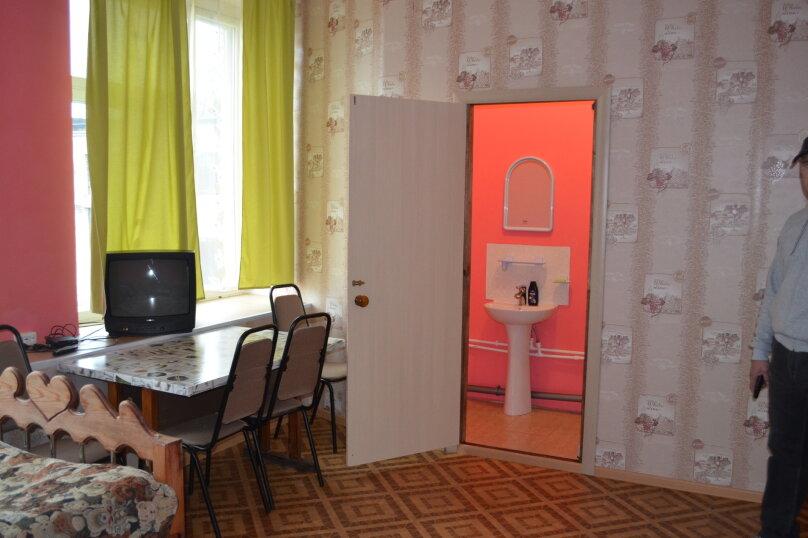 """Гостевой дом """"На Транспортной 4"""", Транспортная улица, 4 на 8 комнат - Фотография 6"""