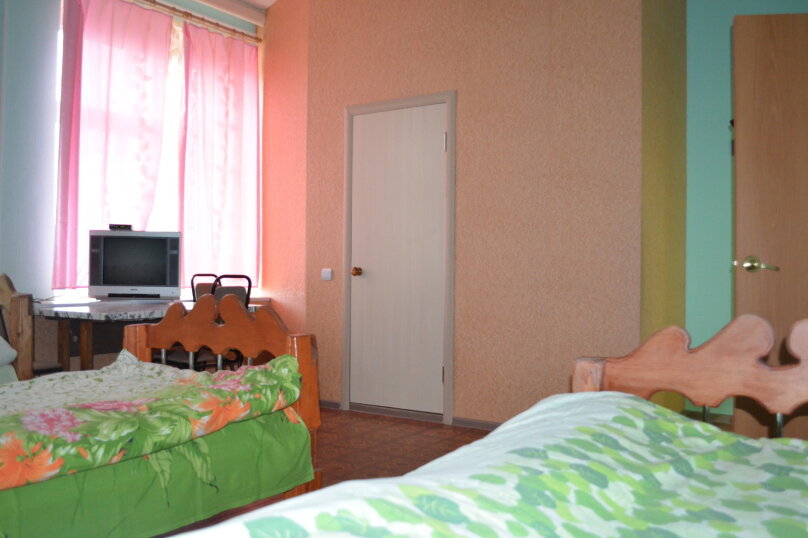 """Гостевой дом """"На Транспортной 4"""", Транспортная улица, 4 на 8 комнат - Фотография 7"""