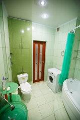 2-комн. квартира, 56 кв.м. на 4 человека, улица Радищева, Курск - Фотография 2