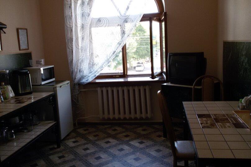 """Гостевой дом """"На Ставропольской 19А"""", Ставропольская улица, 19А на 14 комнат - Фотография 8"""