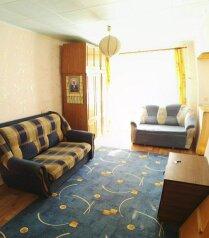 2-комн. квартира, 47 кв.м. на 6 человек, улица Масленникова, 5, Омск - Фотография 3