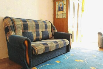 2-комн. квартира, 47 кв.м. на 6 человек, улица Масленникова, 5, Омск - Фотография 4