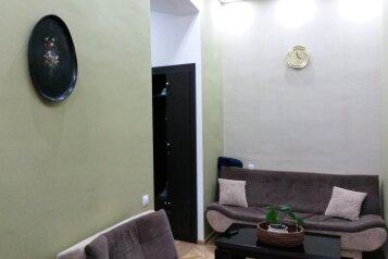 4-комн. квартира, 97 кв.м. на 6 человек, улица Георгия Леонидзе, Тбилиси - Фотография 2