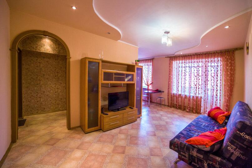 2-комн. квартира, 36 кв.м. на 5 человек, улица Космонавтов, 4, Междуреченск - Фотография 3