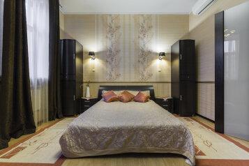 2-комн. квартира, 75 кв.м. на 4 человека, Невский проспект, метро Маяковская, Санкт-Петербург - Фотография 2