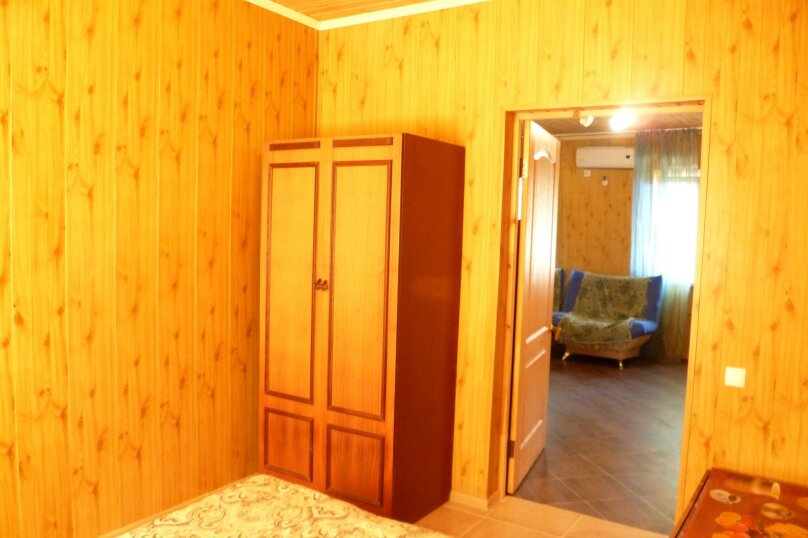 Дом с выходом на пляж на 4 человека, 2 спальни, Школьная улица, 11, Ильич - Фотография 16