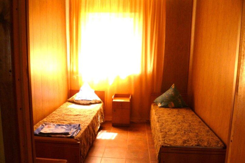 Дом с выходом на пляж на 4 человека, 2 спальни, Школьная улица, 11, Ильич - Фотография 17