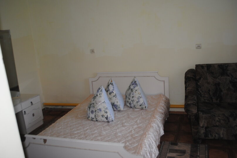 Коттедж на 4 человека, 4 спальни, улица Пушкина, 61, Евпатория - Фотография 10