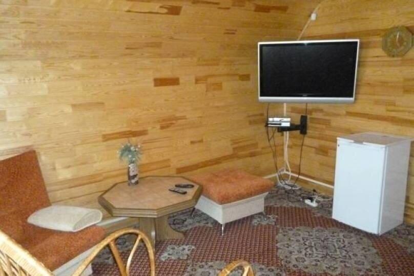 Дом, 45 кв.м. на 5 человек, 1 спальня, Байкальский тракт, 62-й километр, 270А, Листвянка - Фотография 3