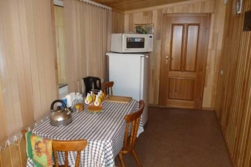 Дом, 45 кв.м. на 5 человек, 1 спальня, Байкальский тракт, 62-й километр, 270А, Листвянка - Фотография 5