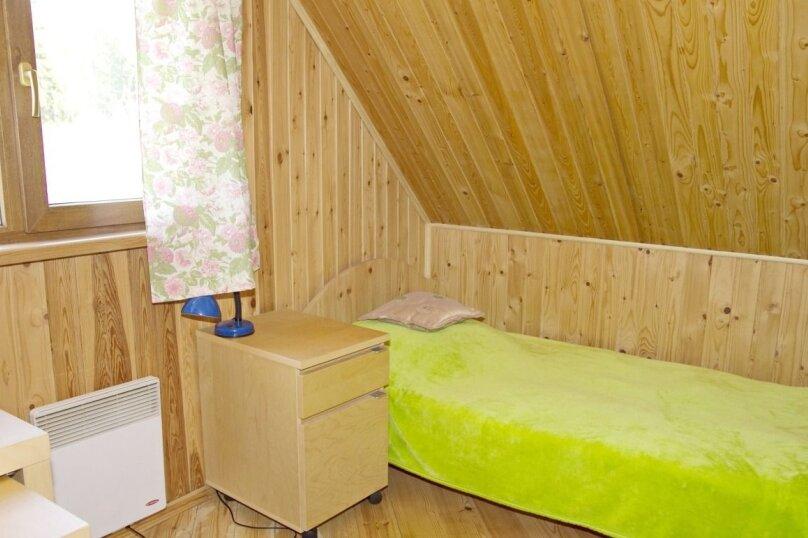 Уютная теплая дача , 130 кв.м. на 12 человек, 6 спален, Родниковая улица, 52, Выборг - Фотография 5