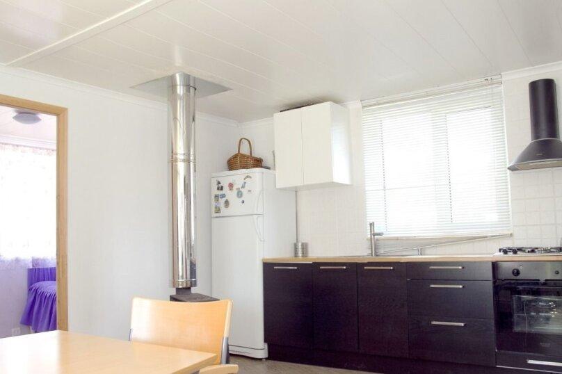 Уютная теплая дача , 130 кв.м. на 12 человек, 6 спален, Родниковая улица, 52, Выборг - Фотография 10