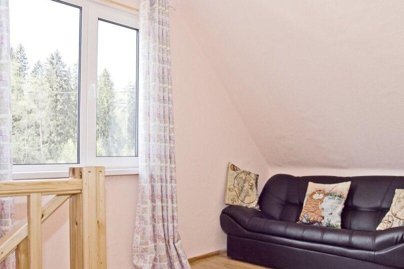 Уютная теплая дача , 130 кв.м. на 12 человек, 6 спален, Родниковая улица, 52, Выборг - Фотография 13
