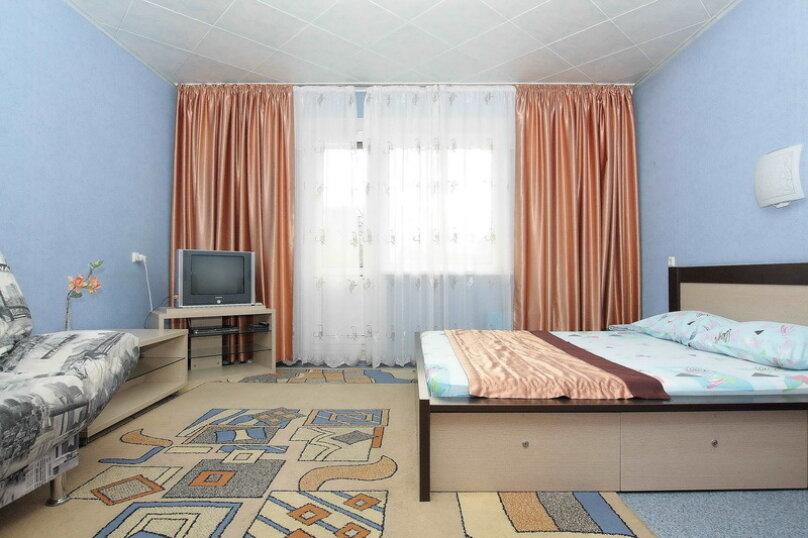 1-комн. квартира, 43 кв.м. на 4 человека, улица 40-летия Победы, 31, Челябинск - Фотография 1