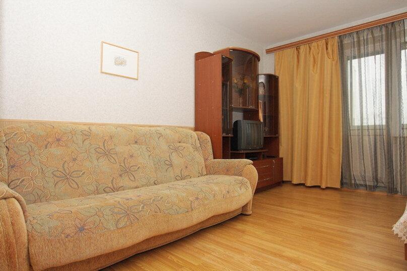 1-комн. квартира, 43 кв.м. на 4 человека, улица 40-летия Победы, 29Б, Челябинск - Фотография 2