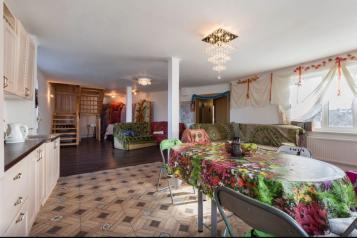 Дом уютный загородный на 8 человек, 200 кв.м. на 8 человек, 4 спальни, СНТ Красногорское, Санкт-Петербург - Фотография 1