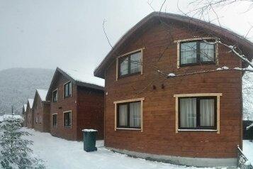 Коттеджи с двумя спальнями, Ачишховская улица на 1 номер - Фотография 1
